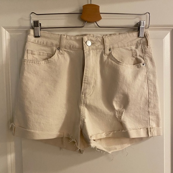 H&M stretch denim shorts with distressing size 8